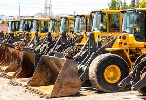 Potężna flota pojazdów budowlanych