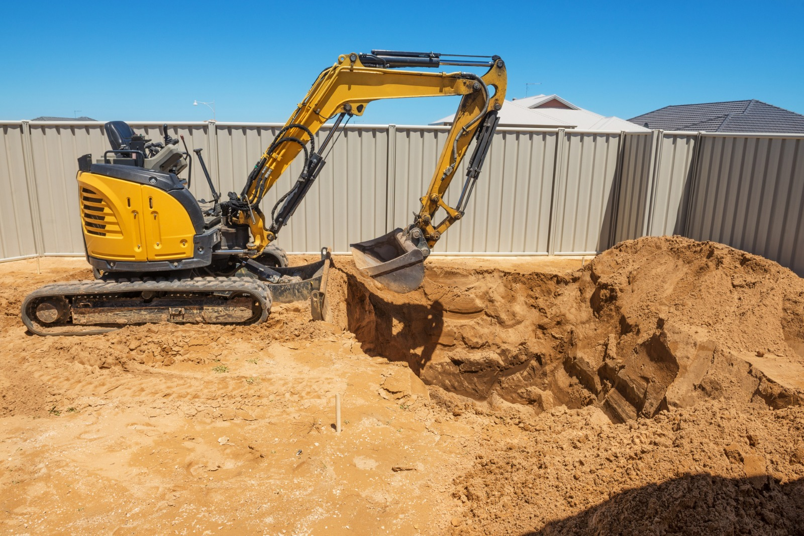 Jak wykopać basen i ile kosztuje budowa?